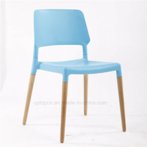 Modern Bright Color Popular Plastic Wooden Leg Dining Chair (SP-UC398) pictures & photos