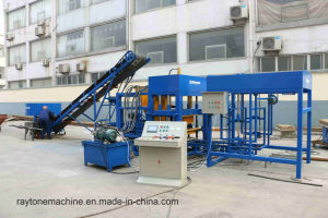 Qt4-18 Automatic Concrete Block Making Machine Cement Brick Machinery pictures & photos