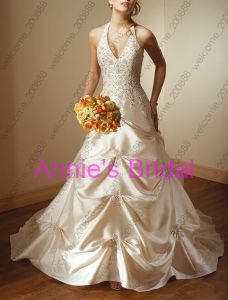 Wedding Dress (C060)
