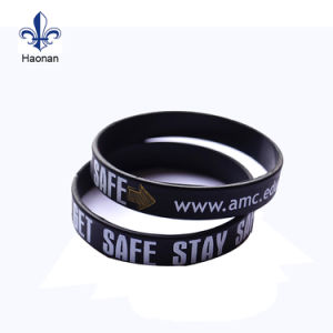Custom Fashionable Debossed Silicone Wristband/Rubber Band pictures & photos