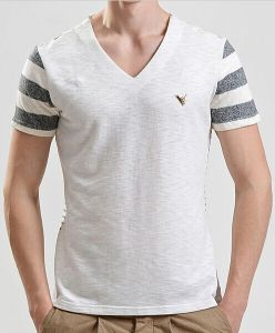 Men Fashion V-Neck Cotton Printed Stripe Short Sleeve T-Shirt pictures & photos