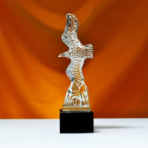 New Design Eagle Statues Grand Spirit Eagle for Business Decoration pictures & photos