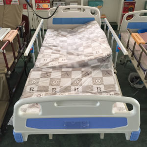 China Manual Hospital Bed for Paralyzed Patients, Folding Hospital Bed pictures & photos