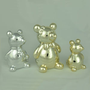 Various Style and Colorful Ceramic Bear for Home Decoration pictures & photos