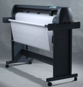 1.63/1.3/1.93/2.03m Garment Drawing Plotter, Garment CAD Plotter with Plotter Drawing Pen pictures & photos
