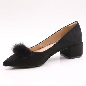 China Elegant Women Chunky Heel Low