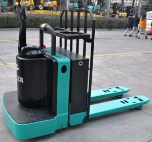 Feeler 4.0 Ton Electric Pallet Truck with Side Stand American Type pictures & photos