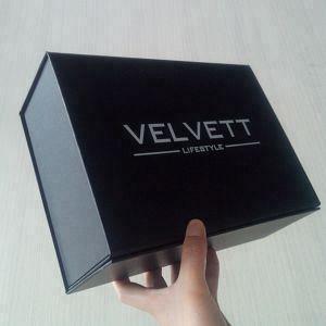 China Custom Logo Matte Black Magnetic Gift Box For Shirt Packaging