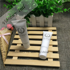 Hotel Disposable 40ml Long Bottle Hotel Shampoo pictures & photos
