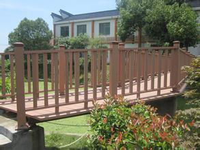 Outdoor Wood Grain Composite WPC Fencing