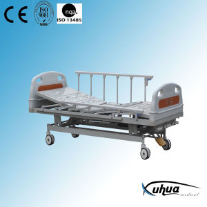 Hospital Bed, Manual Bed with Double Crank (XH-B-7) pictures & photos
