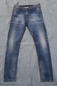 Scratch Denim Men Jeans Washed Jeans (HS767037A)