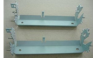 Precision Sheet Metal Fabrication Machine Parts (LFCR0032) pictures & photos