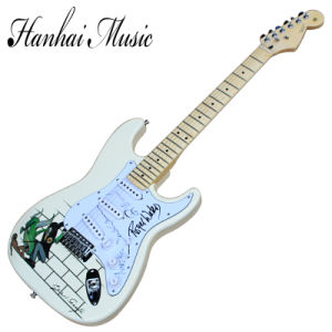 Hanhai Music/St Milk White Electric Guitar with Rogel Waters Signature pictures & photos