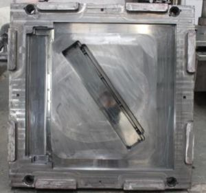 Mould/Mold/SMC/Window Part/Train Applied Part pictures & photos