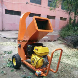 10cm Farm Petrol Power Log Chipper Shredder/ Wood Cutting Machine Crusher pictures & photos