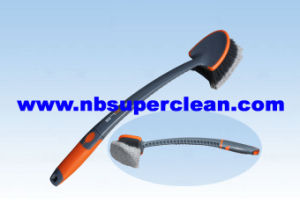 New Design Long Handle Car Tire Brush (CN1880) pictures & photos