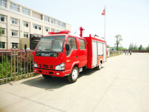 600p Double Cabin Isuzu Fire Truck Nkr Fire Fighting Truck 2500L/3000L for Sale