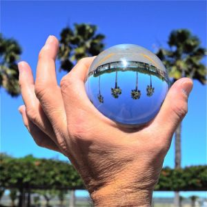 Crystal Crafts Glass Ball for Home Decoration and Photography Photo with Various Dimensions pictures & photos