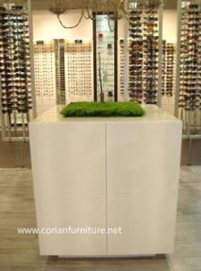 Corian Solid Surface Seamless Made Designer Plant Standing Units