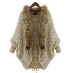 Lady Fashion Faux Fur Collar Acrylic Knitted Winter Cardigan (YKY2021) pictures & photos