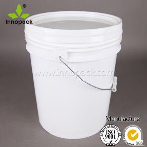 White Plastic Bucket and Pails with Handle and Lid for Wholesale pictures & photos