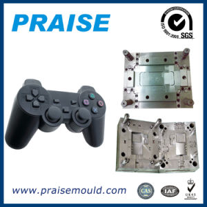 China Supplier Professional Plastic Enlosure/Shell/Housing Injection Mould for Game Handle/Game