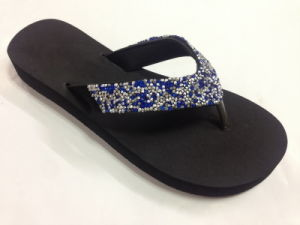 636e882213ca49 China Fashion Wedge Flip Flop Strap with Diamond EVA Sole Slipper ...