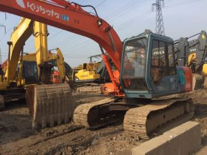 Used Hitachi Hydraulic Excavator Ex120 for Sale pictures & photos