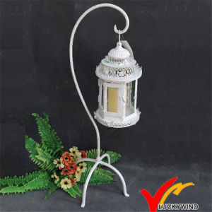Antique White Metal Candle Holder Standing pictures & photos