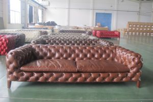 Luxury Italian Design Back Chesterfield Leather Sofa pictures & photos