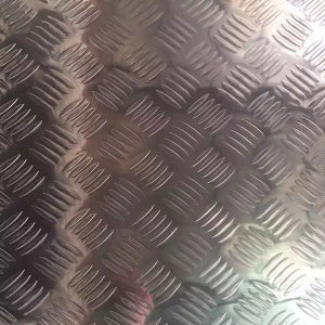 5052 5005 5754 Aluminium Tread Plate in 5 Bars Pattern pictures & photos