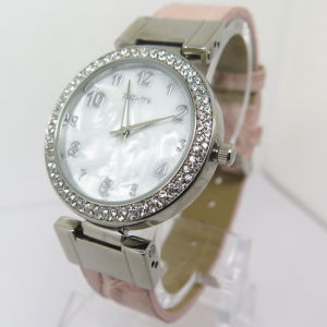 New Style Diamond Wrist Quartz Watch for Ladies pictures & photos