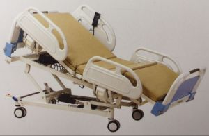 Six-Function Electric Hospital Bed pictures & photos