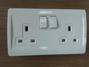 Electrical 2-Gang 13A Switched Socket with PC Material