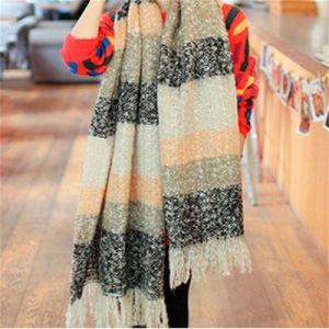 Classic Women Fashion Scarf Long Soft Wrap Shawl Winter Scarf pictures & photos