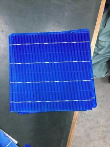 156.75*156.75mm 4bb Poly Solar Cell 18.6 pictures & photos
