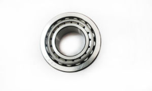 High Precision Tapered Roller Bearing 32207