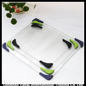 Square Shaped Tempered Glass Chopping Board with Angle