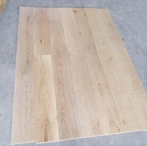 China Oak White Washed Wood Floor
