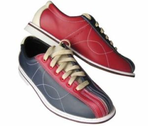Topnotch Bowling Shoes for Bowlers pictures & photos