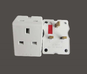 Good Price Universal 13A Travel Adaptor with Fuse pictures & photos