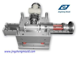 High Precision Injection Pipe Tee Fitting Mould pictures & photos