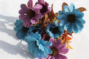 Silk Artificial Flowers Daisy Fake Flowers for Wedding Decoration pictures & photos