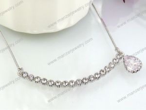 Wholesale Cheap Silver Plating Fashion Luxurious CZ Crystal Necklace
