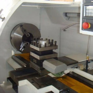 Flat Bed CNC Lathe with High Quality (CKNC6163) pictures & photos
