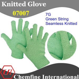 7g Green Polyester/Cotton Knitted Glove with Green Over Lock pictures & photos