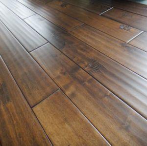 China Solid Oak Hardwood Flooring