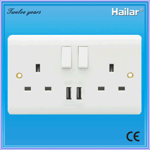 13A British Standard Switched Socket with USB Two Gang Two Way UK Wall Switch Socket pictures & photos