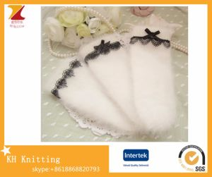 Ladies′ Winter Warm Knitted Thickening Gloves with Long Rabbit Fur + Lace